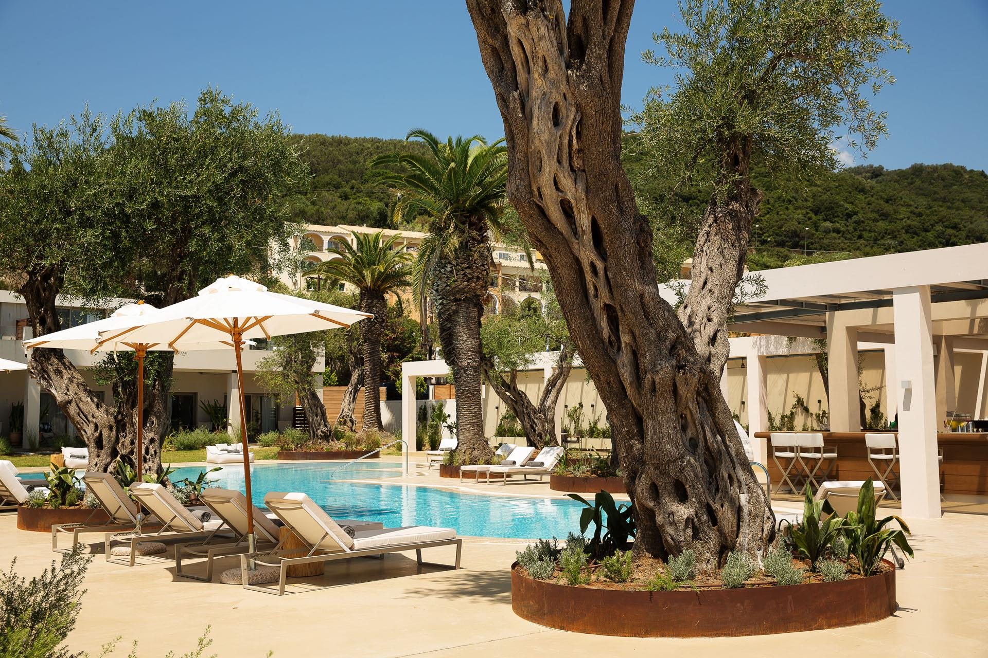 domes-miramare-corfu-a-luxury-collection-resort-genel-002