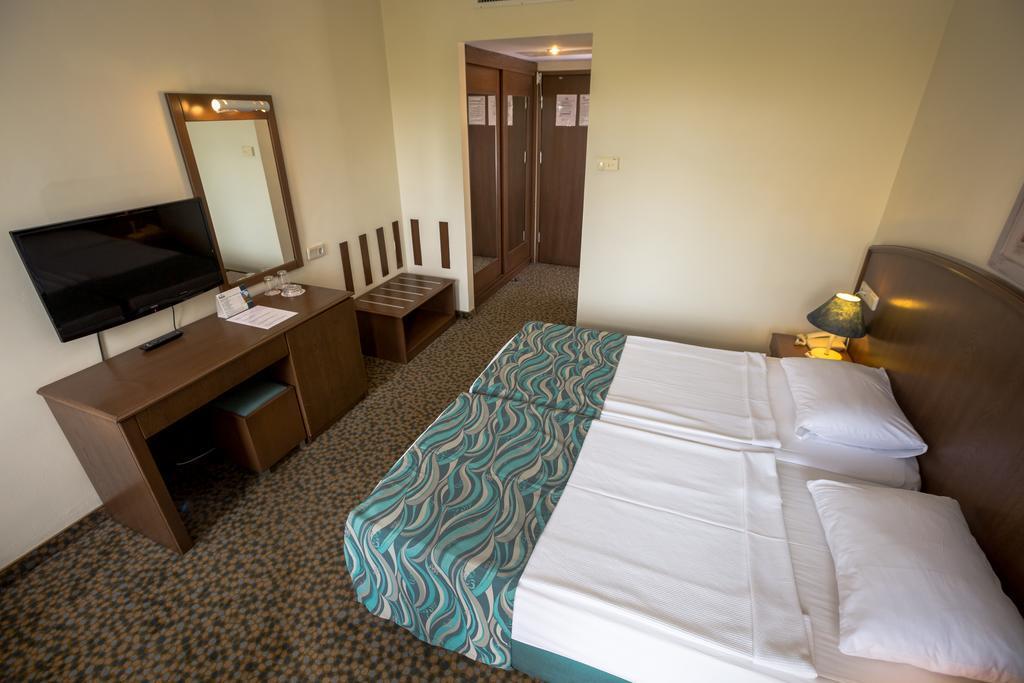 dosi-hotel-genel-003