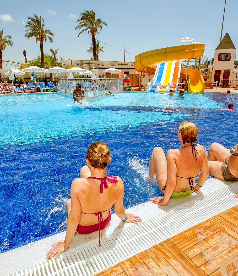 dream-world-resort-spa-006