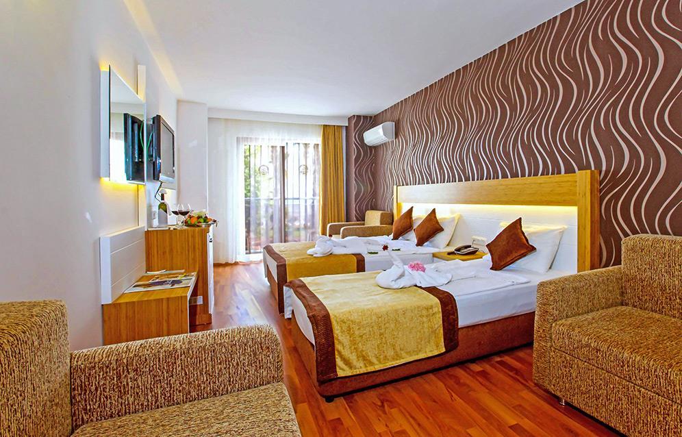 eftalia-aytur-large-room