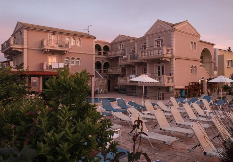 ekati-mare-hotel-suites-genel-002