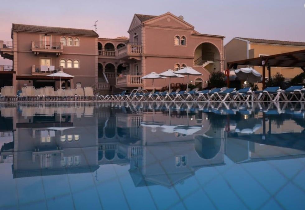 ekati-mare-hotel-suites-genel-004
