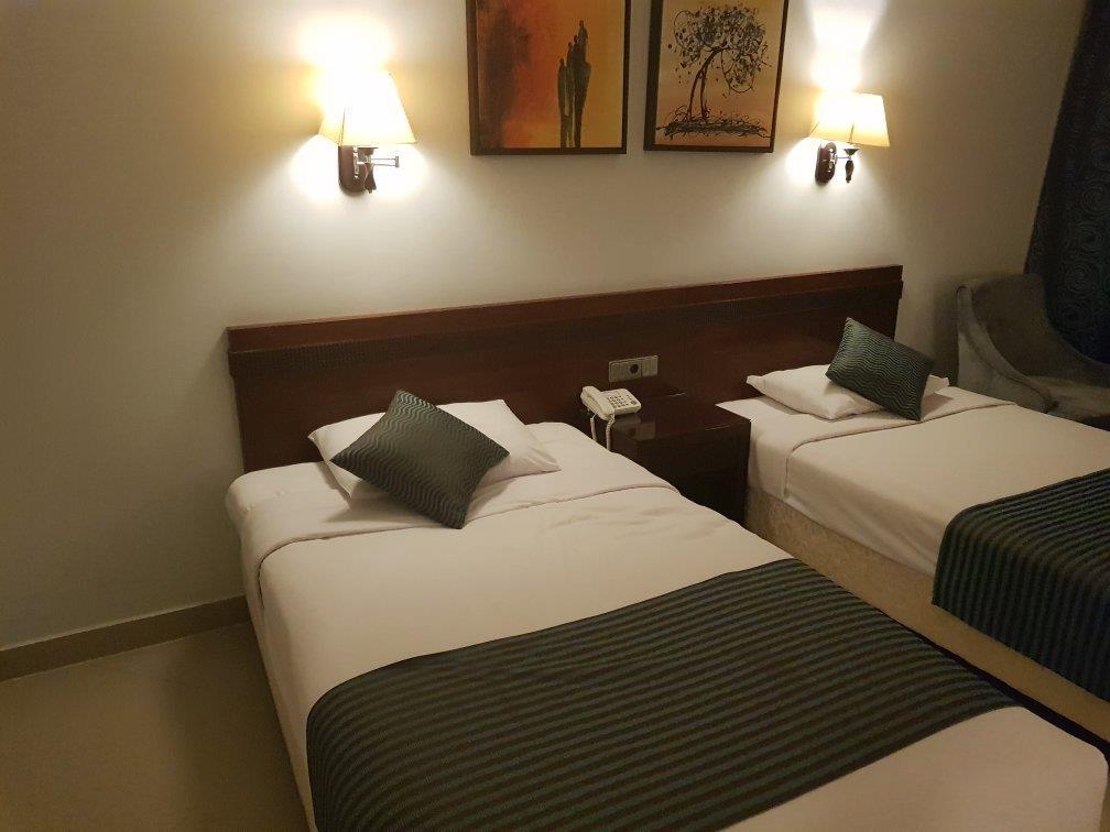 elysees-hotel-resepsiyon-001