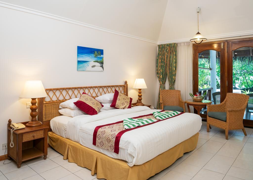 fihalhohi-island-resort-spa-0011