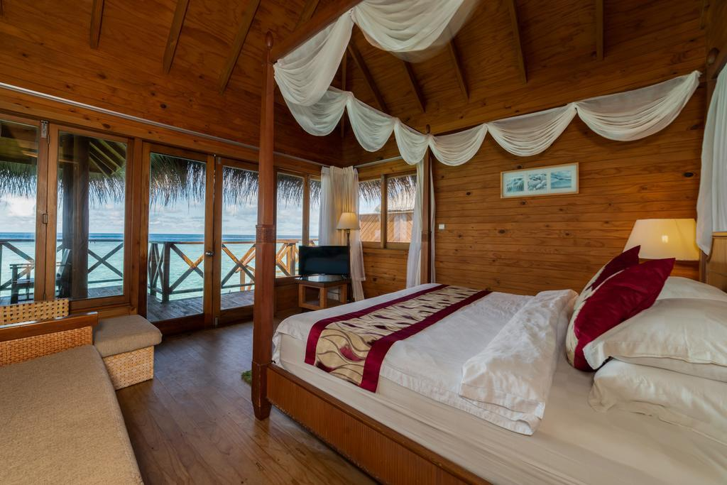 fihalhohi-island-resort-spa-0017