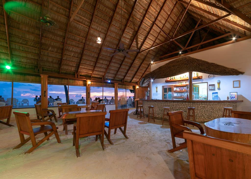 fihalhohi-island-resort-spa-009