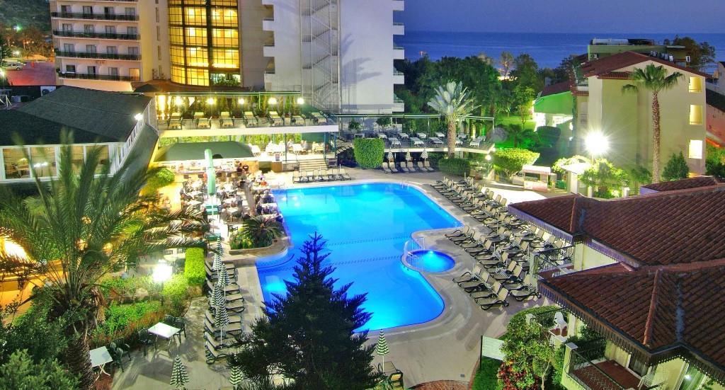 gardenia-beach-hotel-002