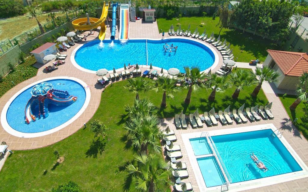 gardenia-beach-hotel-007