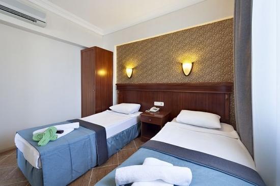 golden-age-crystal-hotel-genel-006