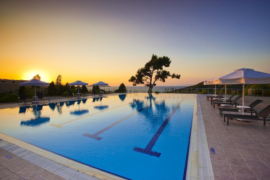 hilton-bodrum-turkbuku-resort-spa-genel-006
