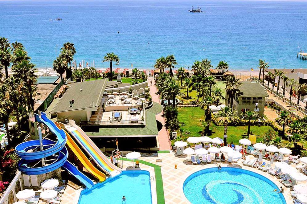 holiday-garden-resort-011