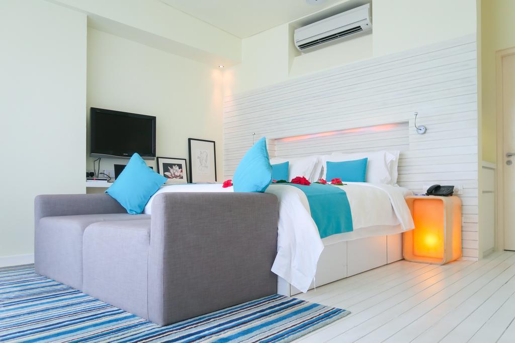 holiday-inn-kandooma-maldives-genel-001