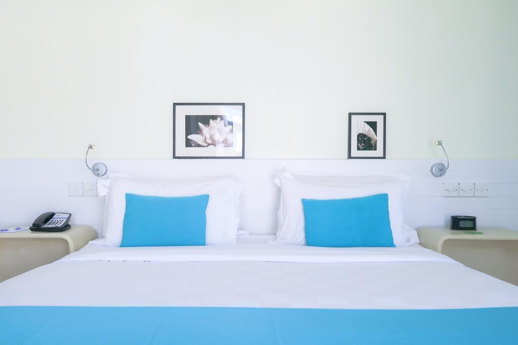 holiday-inn-kandooma-maldives-genel-0010