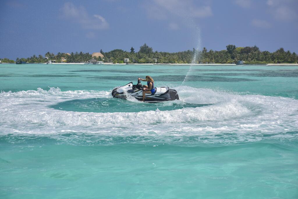 holiday-inn-kandooma-maldives-genel-0015