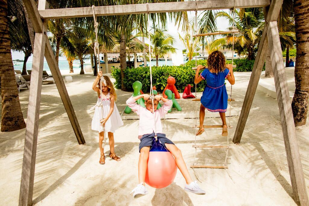 holiday-inn-kandooma-maldives-genel-0019