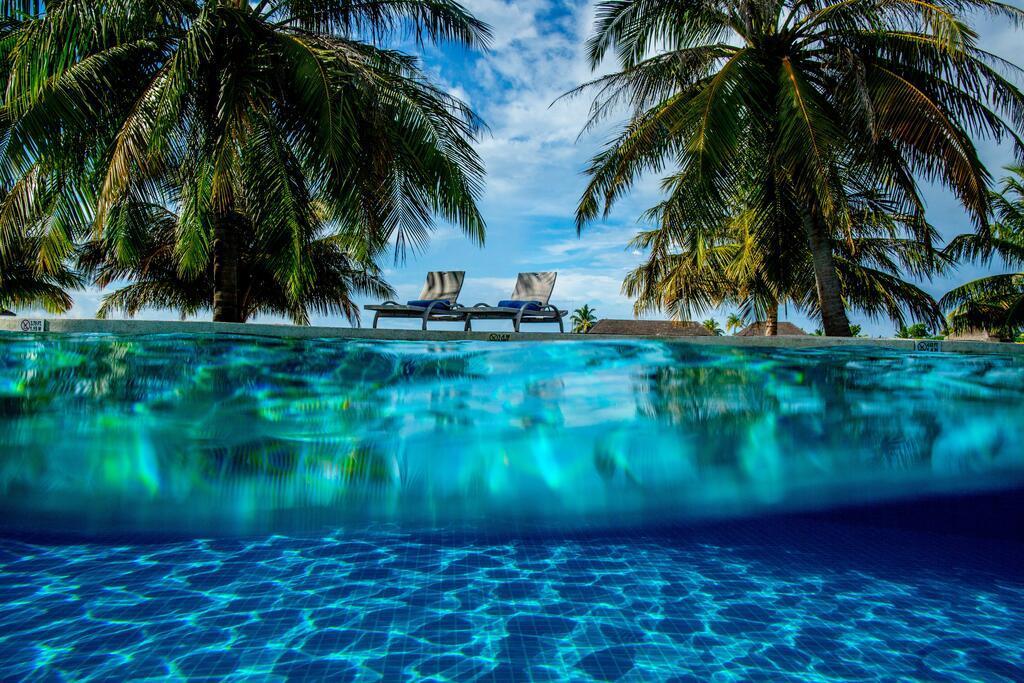 holiday-inn-kandooma-maldives-genel-009