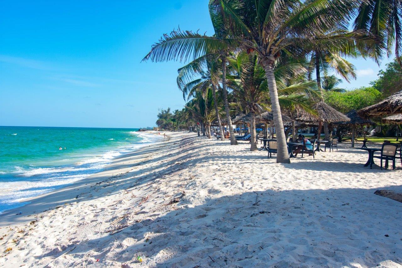 jacaranda-indian-ocean-beach-club-golf-002