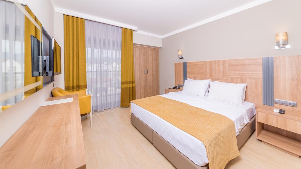 julian-club-hotel-genel-003