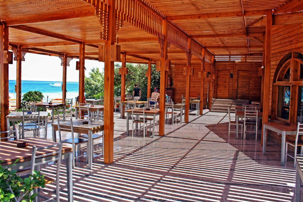 king-tut-aqua-park-beach-resort-genel-0023