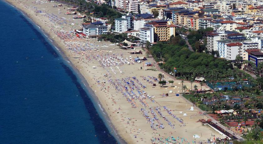 kleopatra-dreams-beach-genel-0024