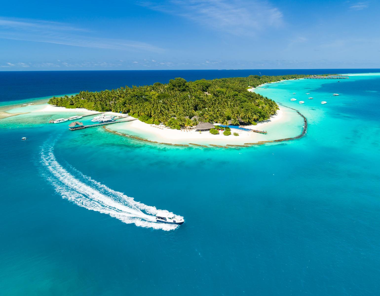 kuramathi-island-maldives-genel-001
