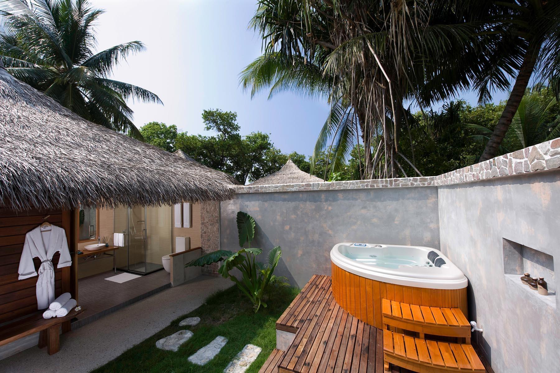 kuramathi-island-maldives-genel-0010