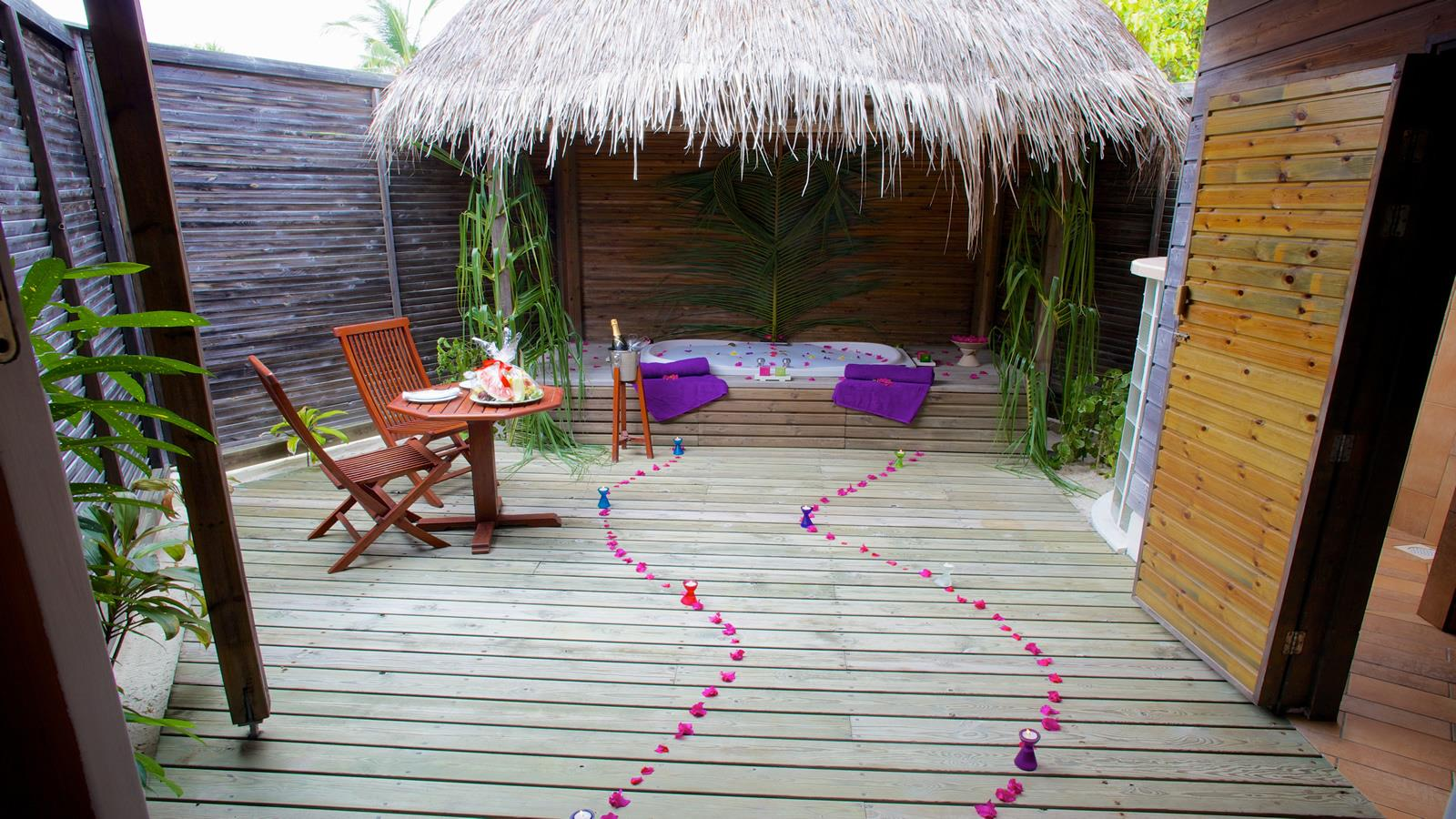 kuredu-island-resort-spa-genel-0014