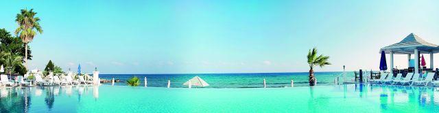 la-hotel-resort-007
