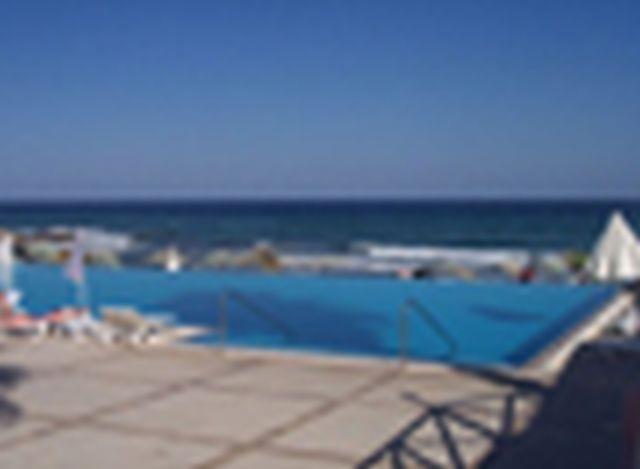 la-hotel-resort-021