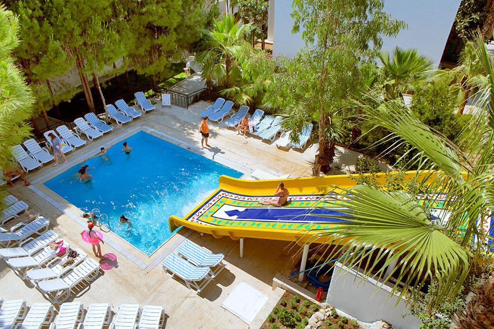 larissa-beach-club-020