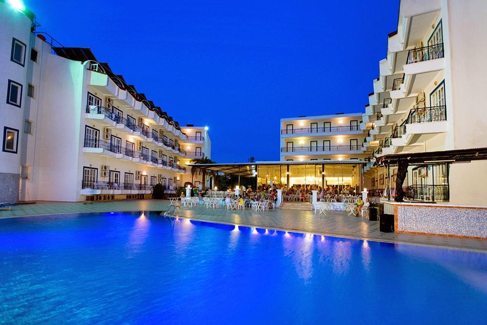 larissa-blue-hotel-002
