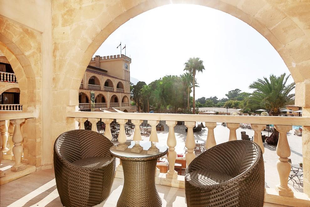 le-chateau-lambousa-hotel-079