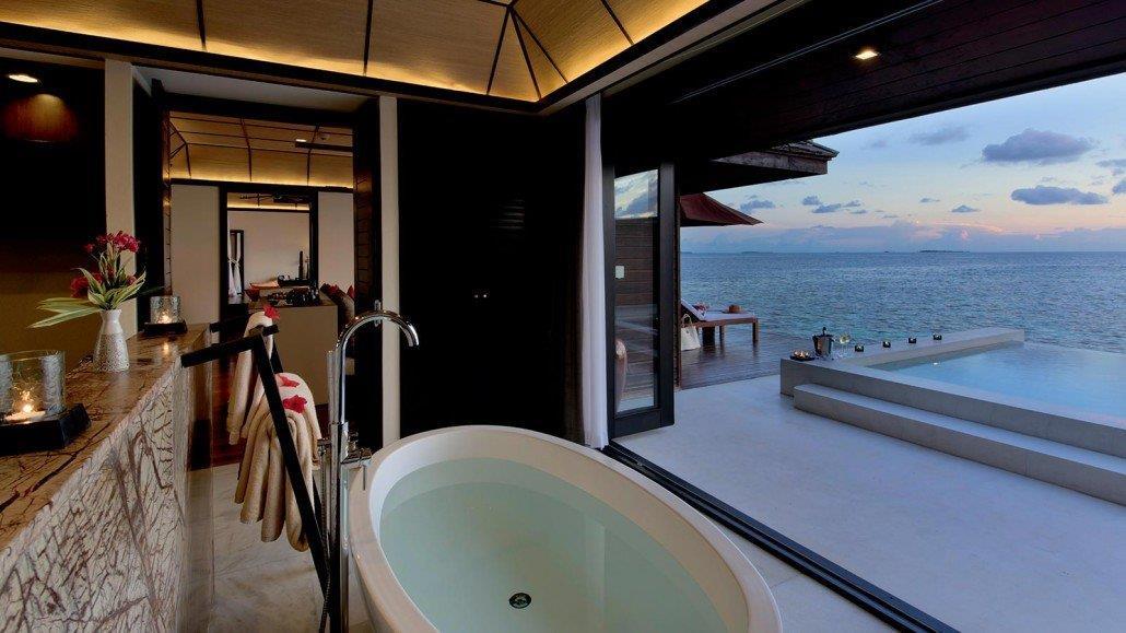 lily-beach-resort-spa-at-huvahendhoo-genel-0010