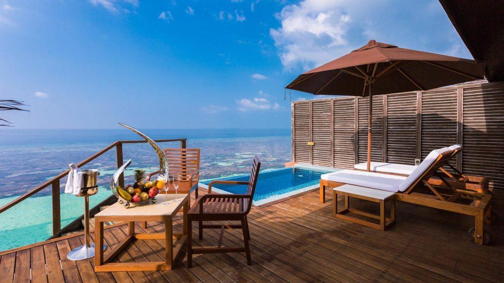 lily-beach-resort-spa-at-huvahendhoo-genel-0016