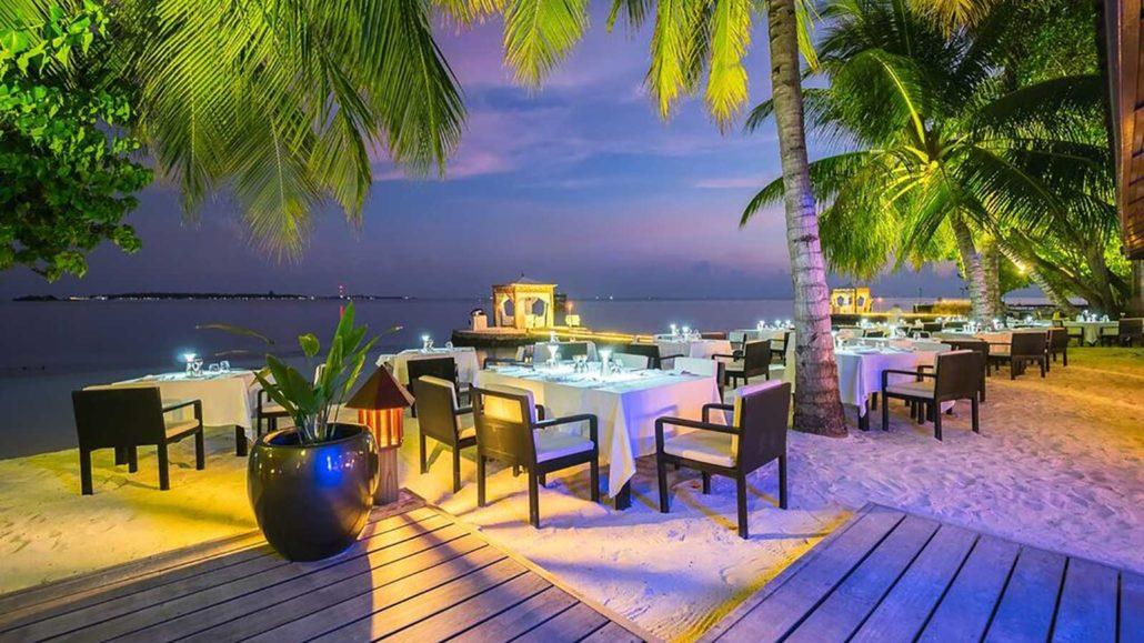 lily-beach-resort-spa-at-huvahendhoo-genel-0017
