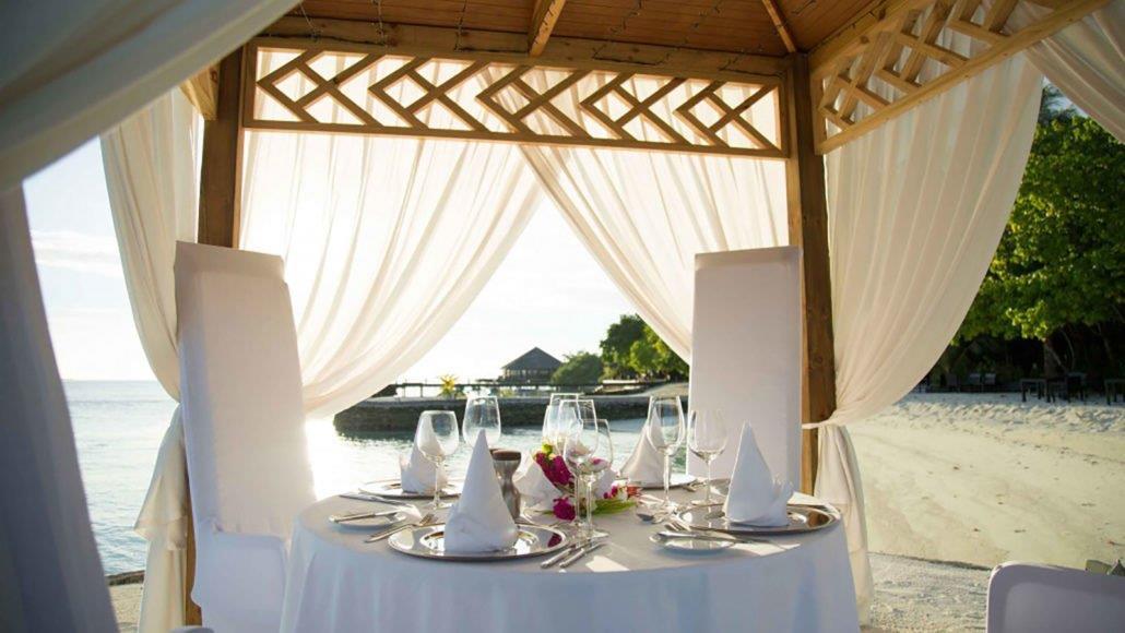 lily-beach-resort-spa-at-huvahendhoo-genel-0018