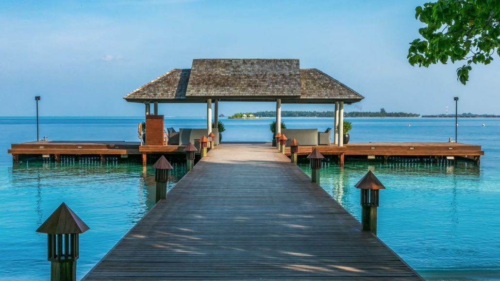 lily-beach-resort-spa-at-huvahendhoo-genel-002
