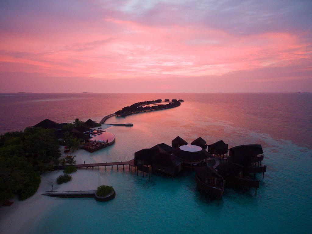 lily-beach-resort-spa-at-huvahendhoo-genel-0027