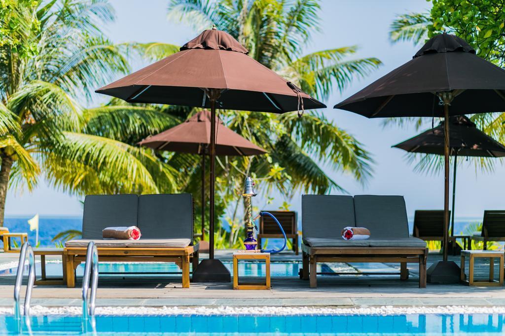lily-beach-resort-spa-at-huvahendhoo-genel-0031