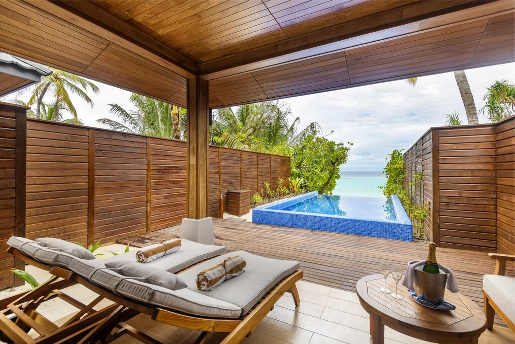 lily-beach-resort-spa-at-huvahendhoo-genel-0032
