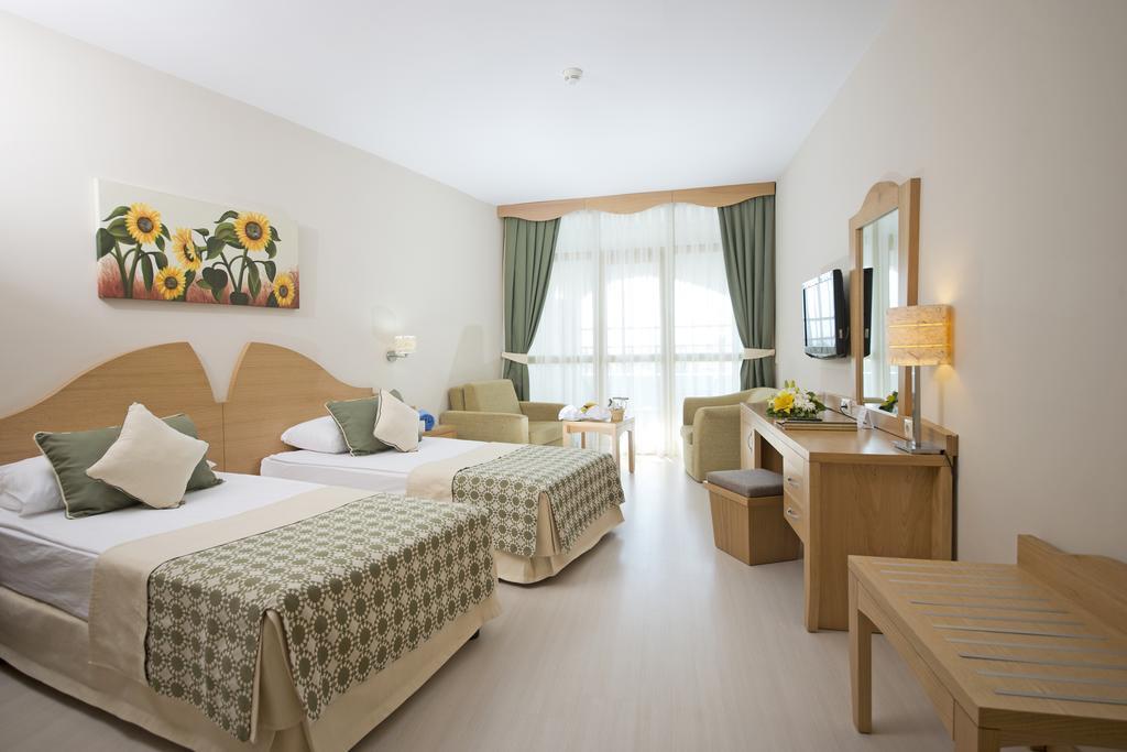 limak-arcadia-golf-and-sport-resort-genel-005
