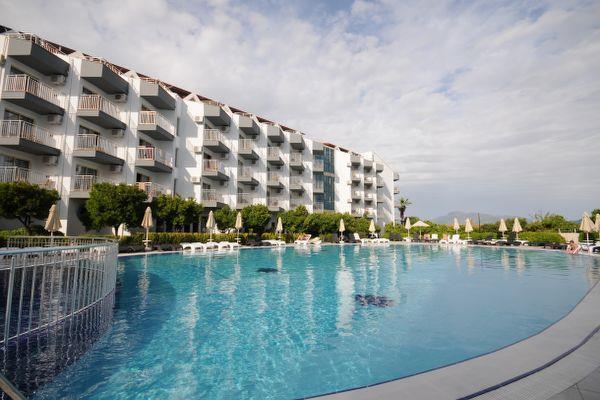 luna-beach-deluxe-hotel-genel-0010