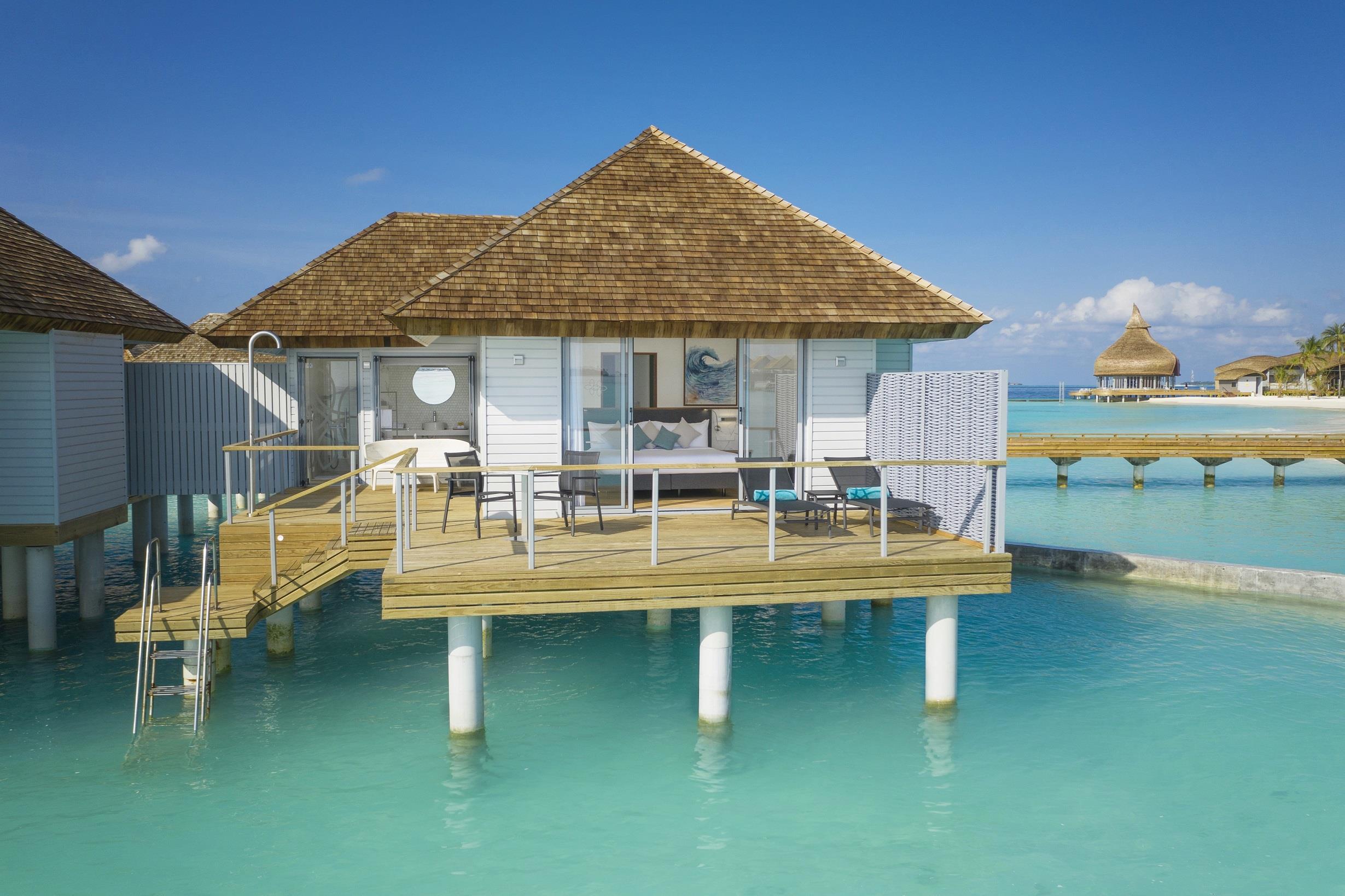 maafushivaru-island-resort-genel-006