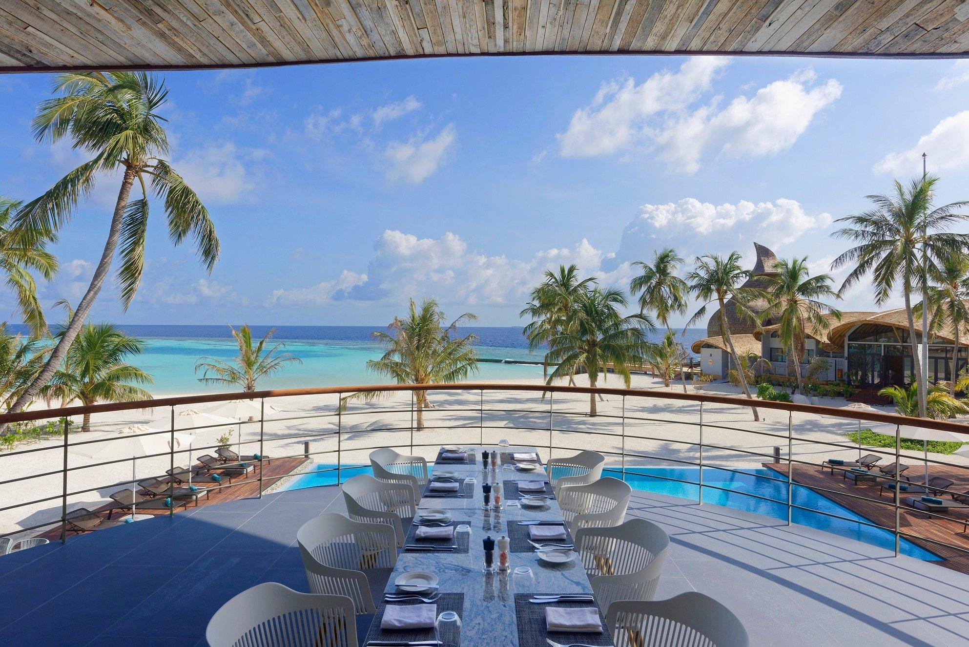 maafushivaru-island-resort-genel-009