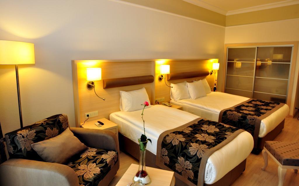 maritim-hotel-saray-regency-genel-004