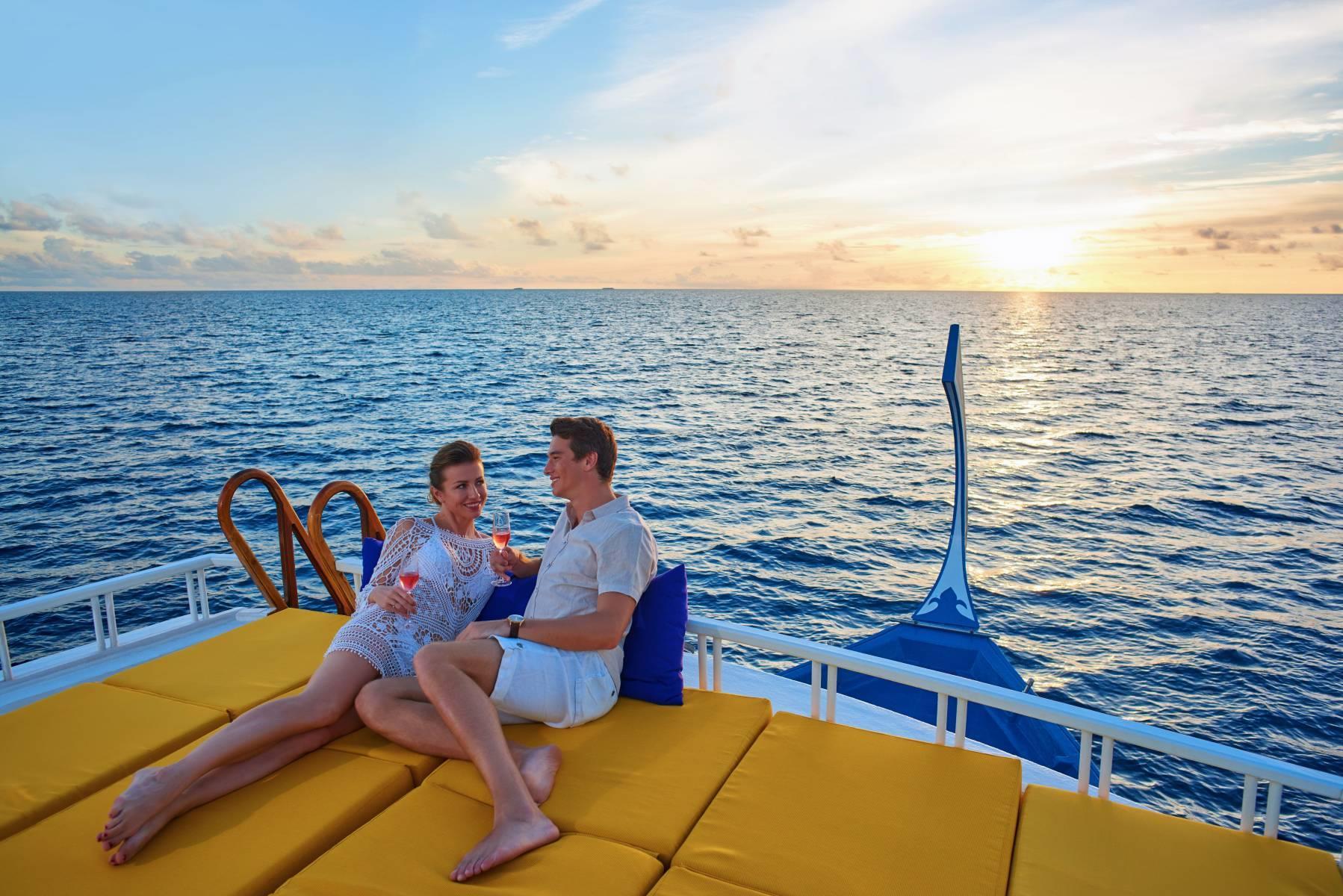 mercure-maldives-kooddoo-resort-genel-0021