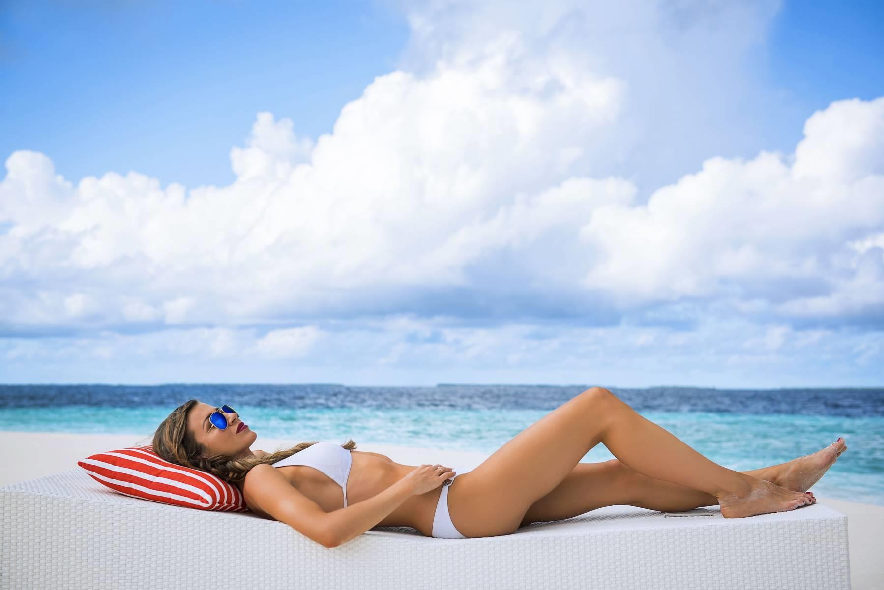 mercure-maldives-kooddoo-resort-genel-006