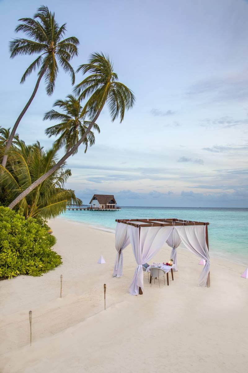 mercure-maldives-kooddoo-resort-genel-48547