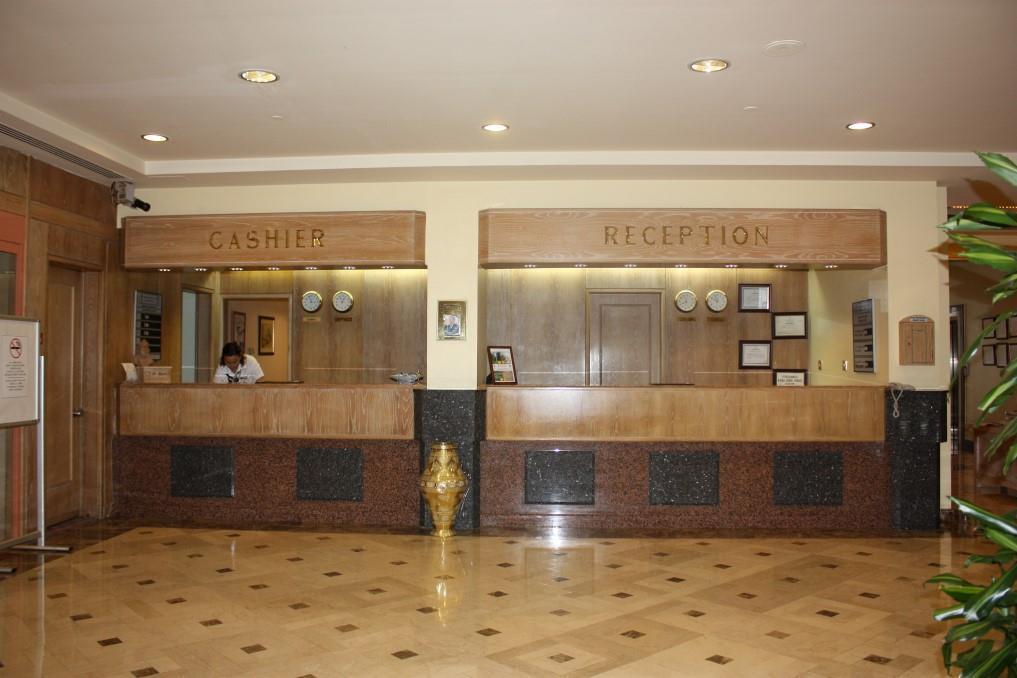 merit-crystal-cove-hotel-002