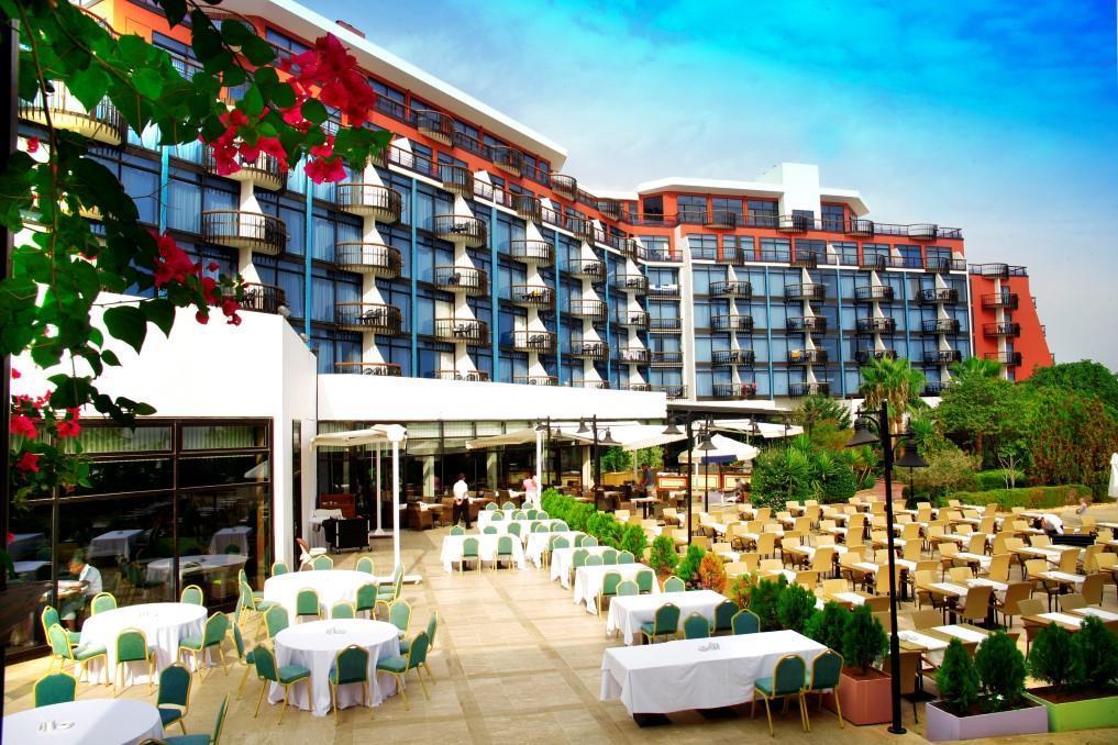 merit-crystal-cove-hotel-011